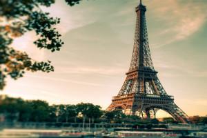 Vjeshte ne Paris 4 dite 399 euro/ person Nisja 29 Tetor